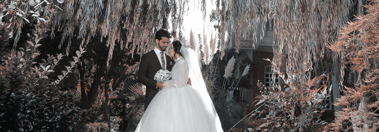 عروس و داماد در باغ عروس شکاری